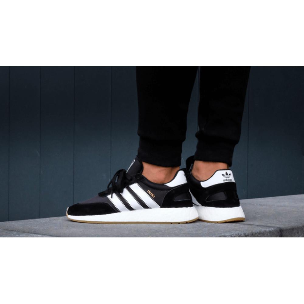 Беговые кроссовки мужские  - Черные кроссовки Adidas Iniki Runner 5