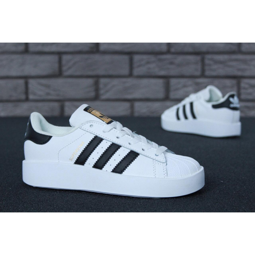 Женские кроссовки классические  - Кроссовки Adidas Superstar Bold 6