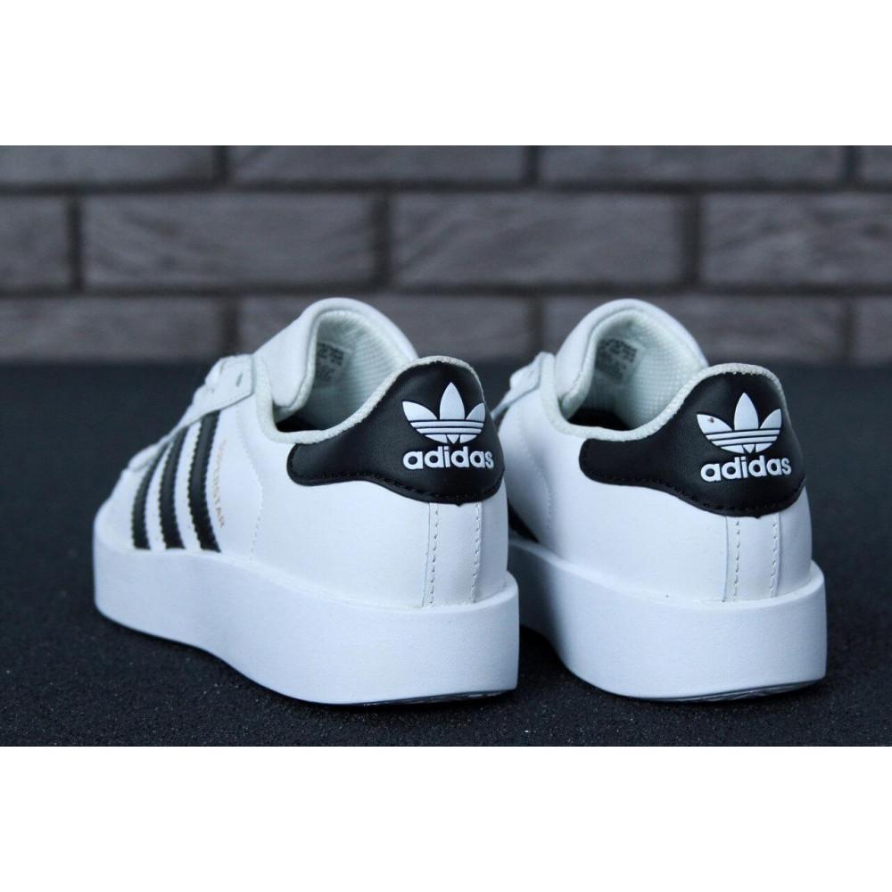 Женские кроссовки классические  - Кроссовки Adidas Superstar Bold 5