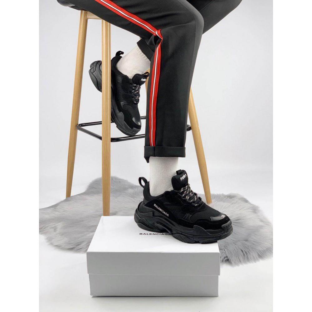 Демисезонные кроссовки мужские   - Кроссовки Balenciaga Triple S черного цвета 4