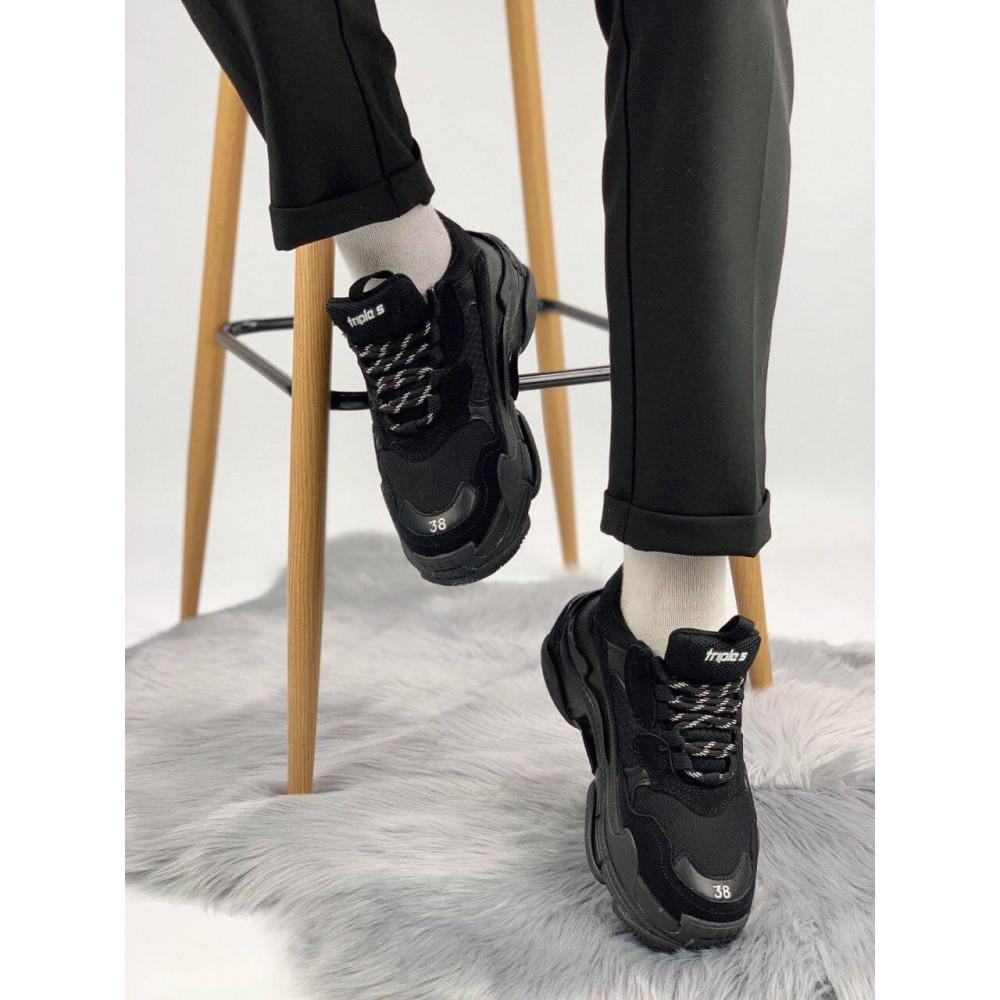 Демисезонные кроссовки мужские   - Кроссовки Balenciaga Triple S черного цвета 2