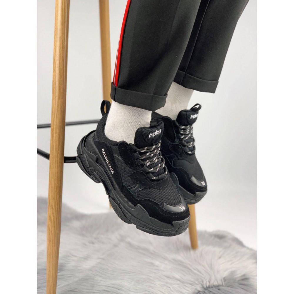 Демисезонные кроссовки мужские   - Кроссовки Balenciaga Triple S черного цвета 1
