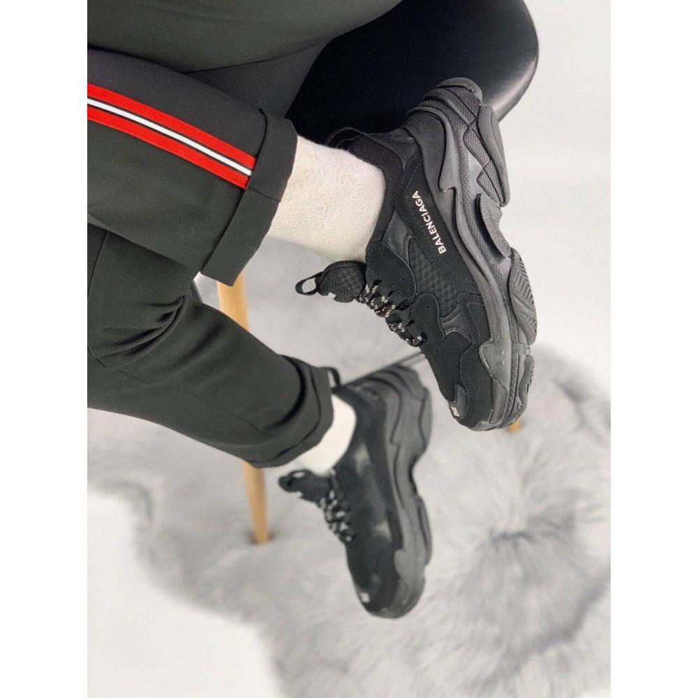 Демисезонные кроссовки мужские   - Кроссовки Balenciaga Triple S черного цвета 3