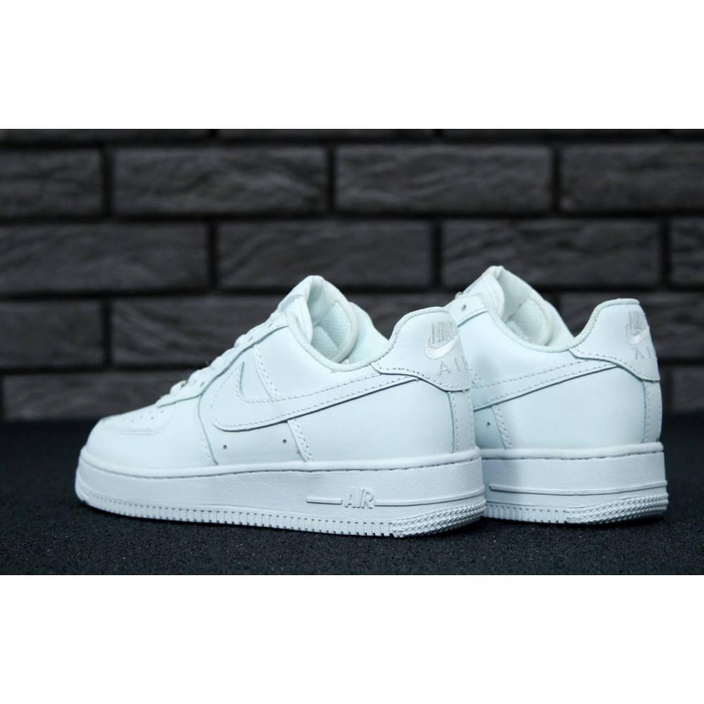 Демисезонные кроссовки мужские   - Белые мужские кроссовки Найк Аир Форс 7