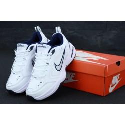Белые мужские кожаные кроссовки Найк Монарх 4