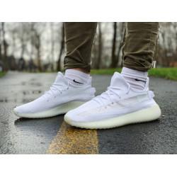 Кроссовки  Adidas Yeezy Boost 350 V2  Адидас Изи Буст В2   (42,43,44,45)
