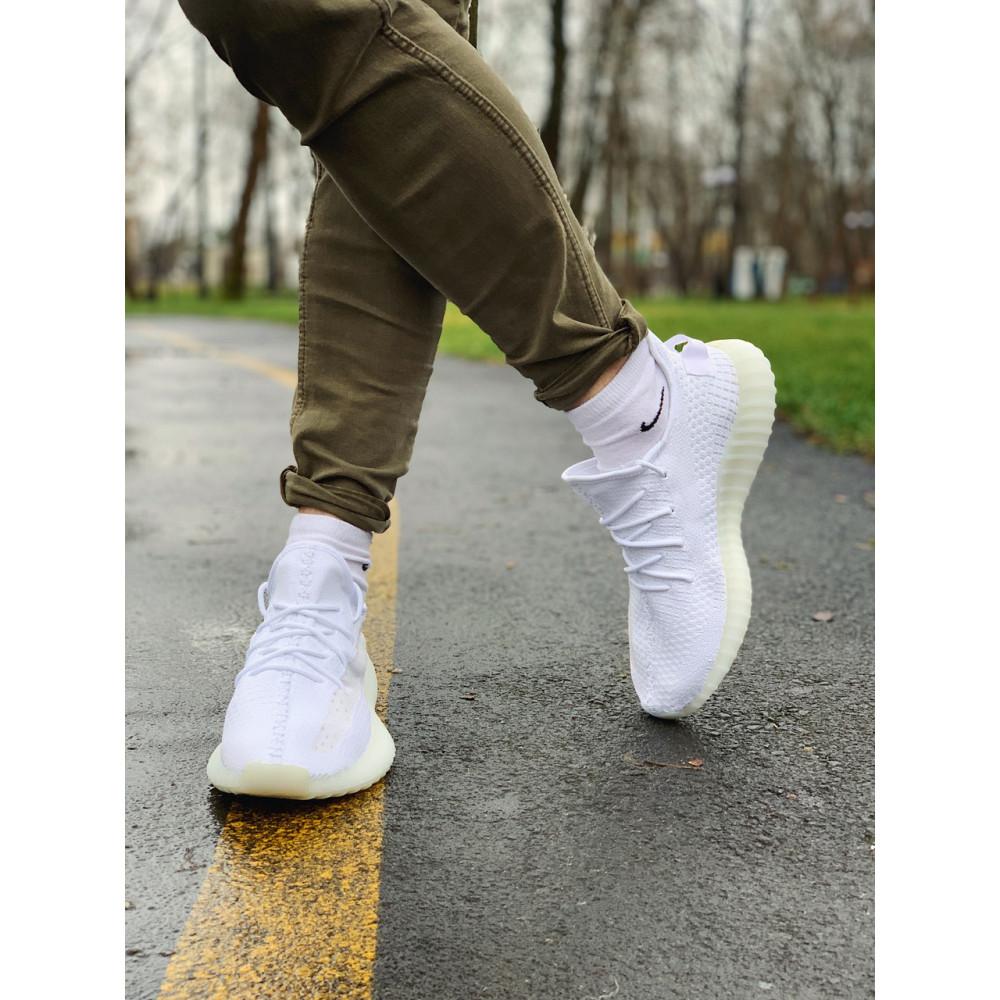 Беговые кроссовки мужские  - Кроссовки  Adidas Yeezy Boost 350 V2  Адидас Изи Буст В2   (42,43,44,45) 7