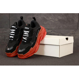 Женские кроссовки Баленсиага Трипл С черно-красные