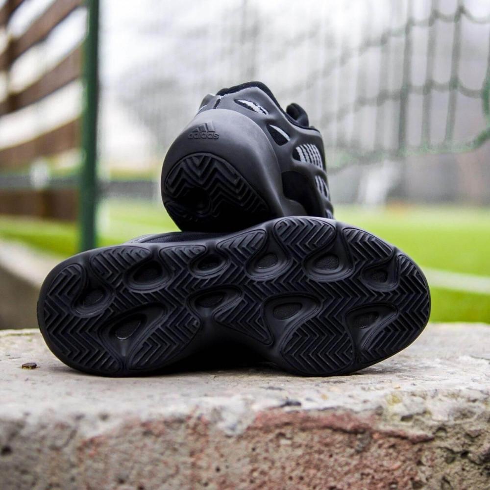 Демисезонные кроссовки мужские   - Кроссовки Adidas Yeezy Boost 700 V3 Black черного цвета 6