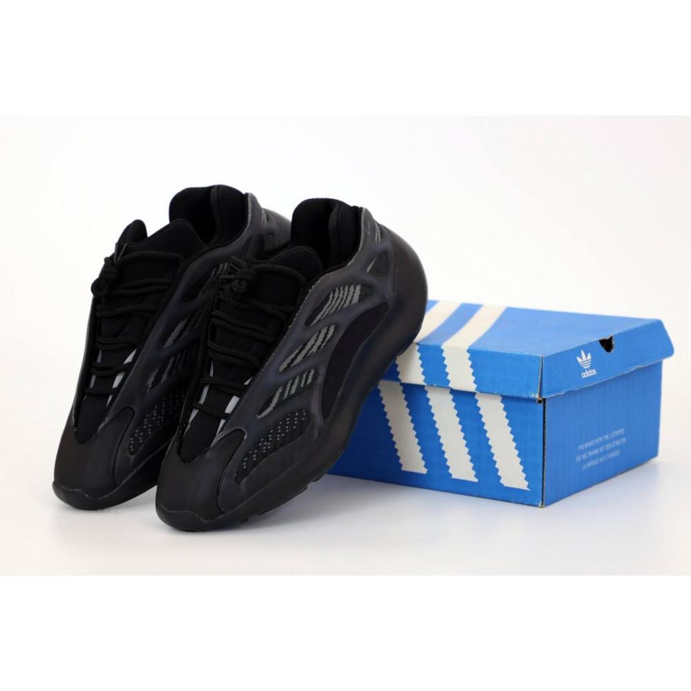 Демисезонные кроссовки мужские   - Кроссовки Adidas Yeezy Boost 700 V3 Black черного цвета