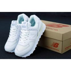 Женские белые кроссовки New Balance 574