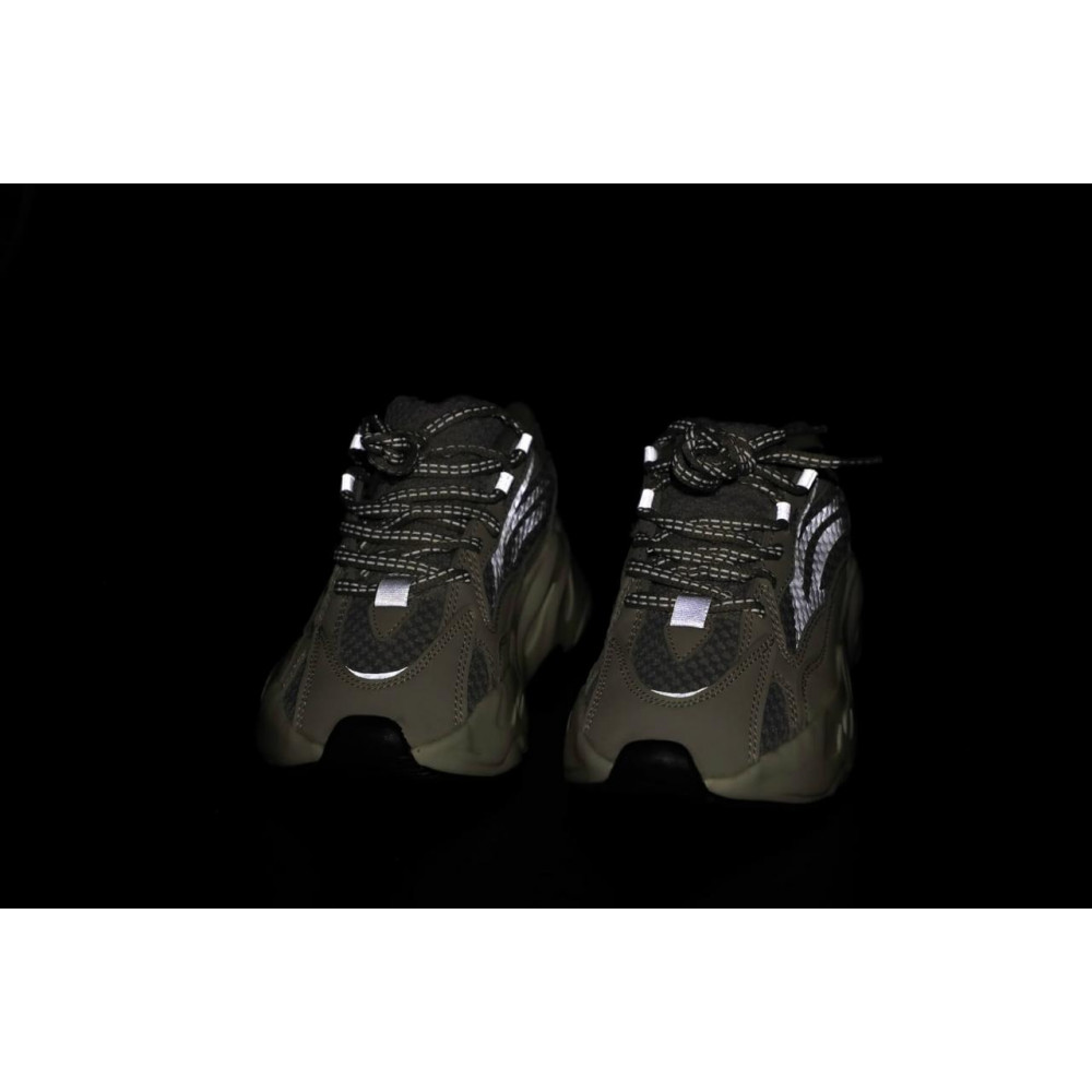 Демисезонные кроссовки мужские   - Мужские кроссовки Adidas Yeezy Boost 700 светло-серые 5