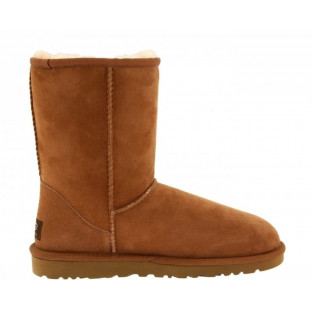 "UGG CLASSIC SHORT BOOT ""CHESTNUT"""